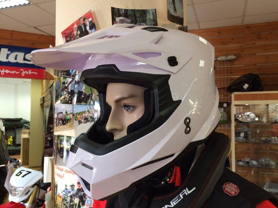 Недорогой мотошлем в COOL MOTORS